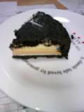 ラ・ファミーユ真っ黒チーズケーキ
