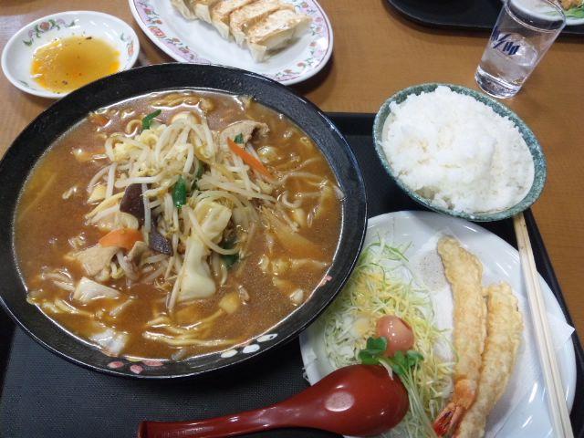 みそちゃんぽんとえびの天ぷらセット