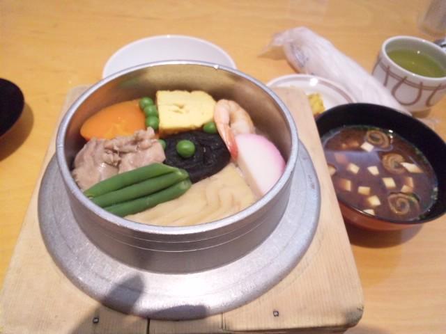 今日の夕食は福岡天神で釜飯