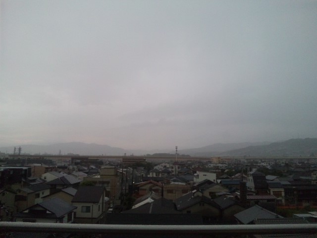 今日は猪名川花火大会ゲリラ豪雨は峠を越したか
