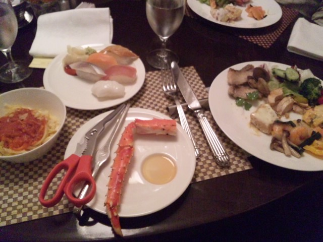 京王プラザホテルのグラスコートでディナー